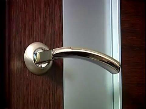 Как выбрать хорошую и надежную фурнитуру для двери