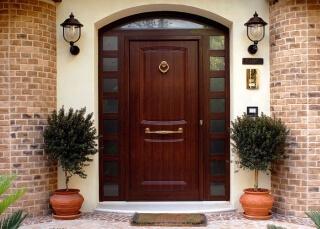 Входные двери в дом Киев