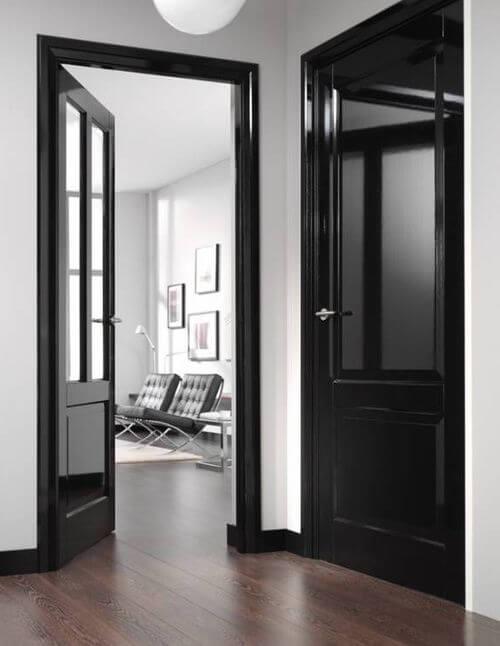 чорні двері в києві