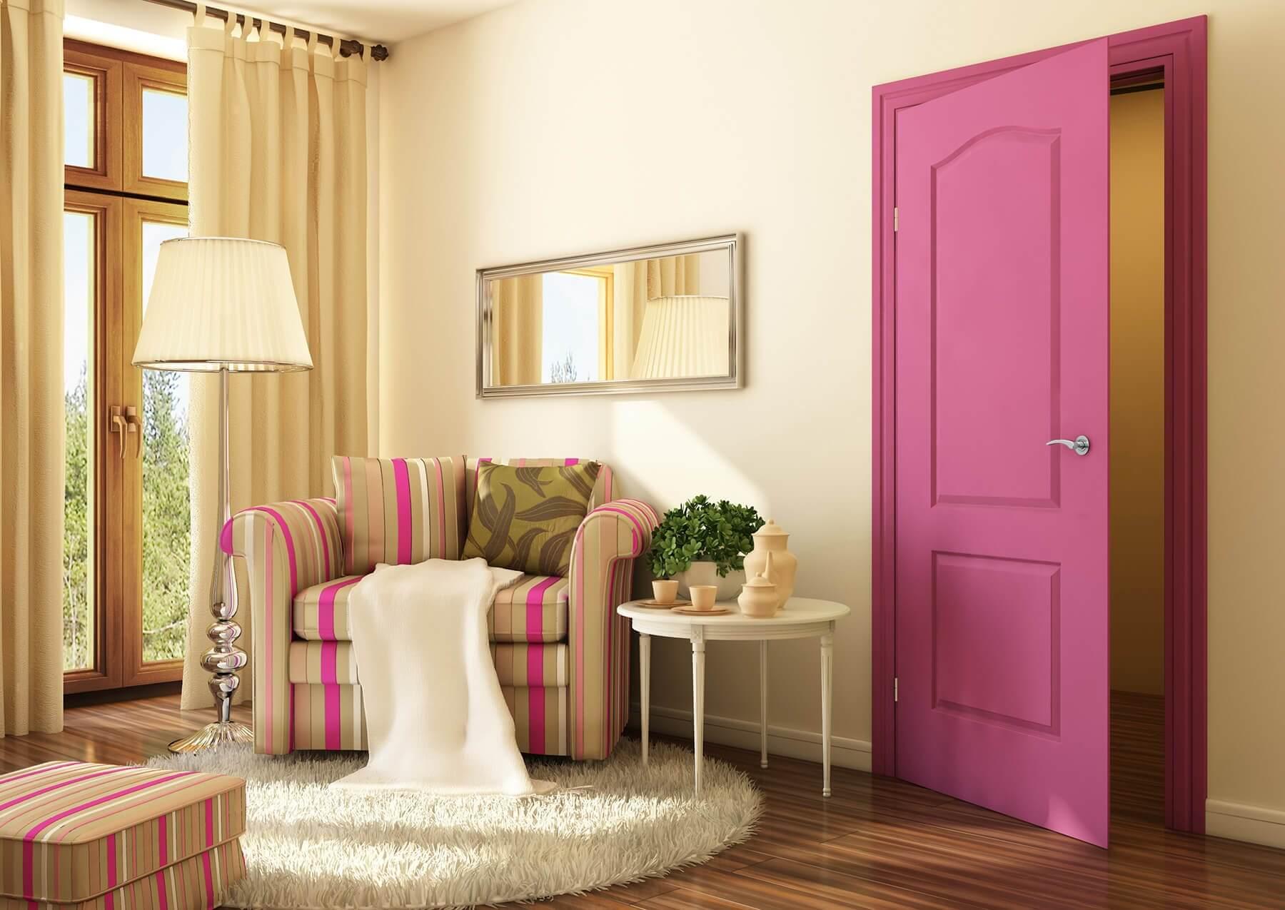 красивые окрашенные двери